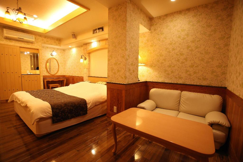 Standard Δίκλινο Δωμάτιο - Καπνιζόντων Hotel Wow The Right & Left Himeji-tohori - Adult Only