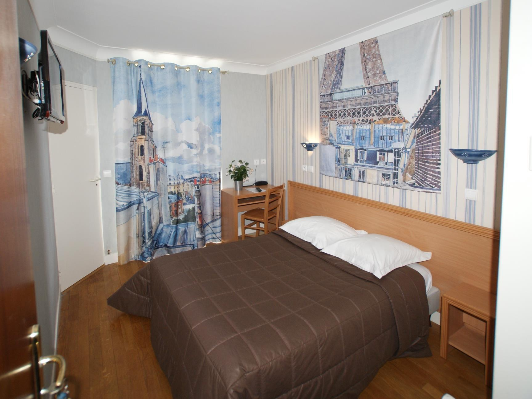 Hotel Saphir Grenelle Best Price On Hotel Amiral Fondary In Paris Reviews