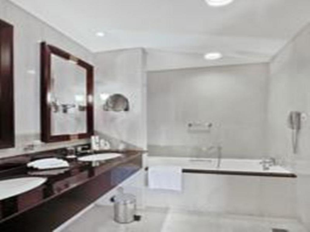 3 Bedroom Apartment - Bathroom