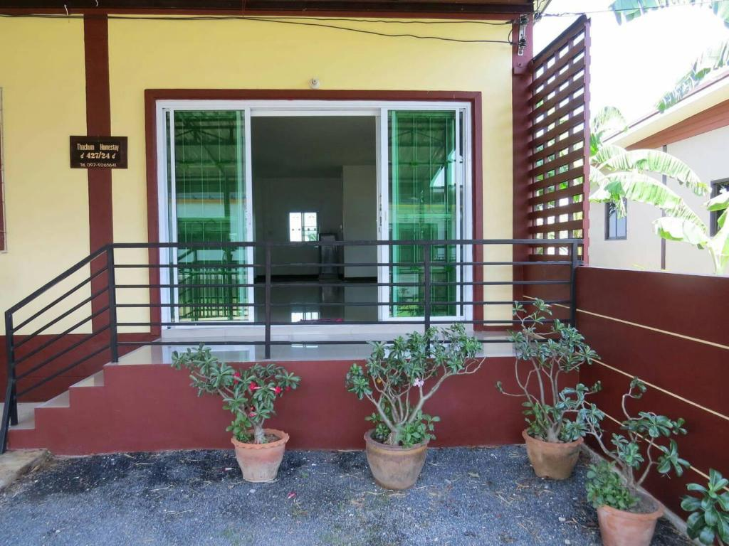 More about Thachum homestay