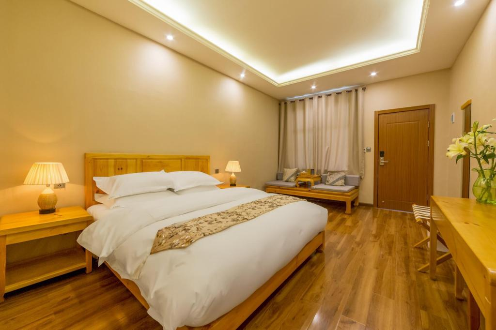 Standard Double Room - Bed Shangri-La Joy Boutique Yododo Inn