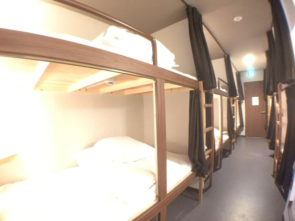 Capsule Mixed Dormitory - Bed Hostel Namba - Takumi -
