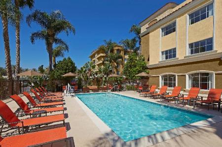 Swimming pool [outdoor] Anaheim Portofino Inn & Suites