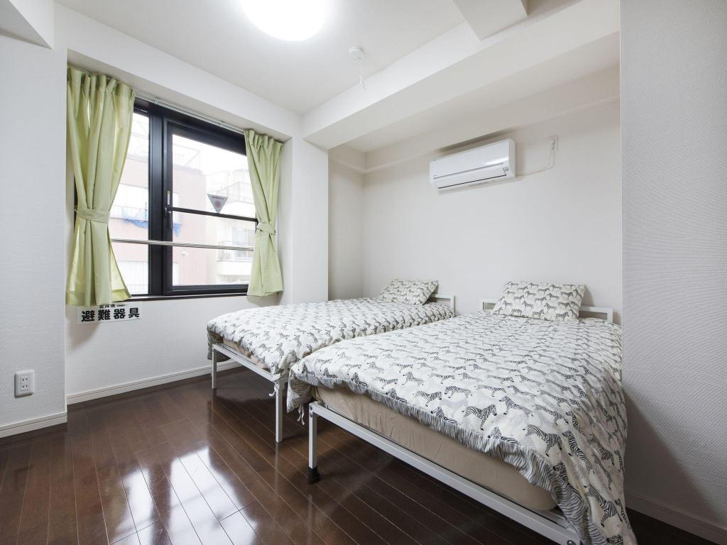 Апартамент - Стаи за гости C2 Comfortable Home Close to Shinjuku 5 mins to Station