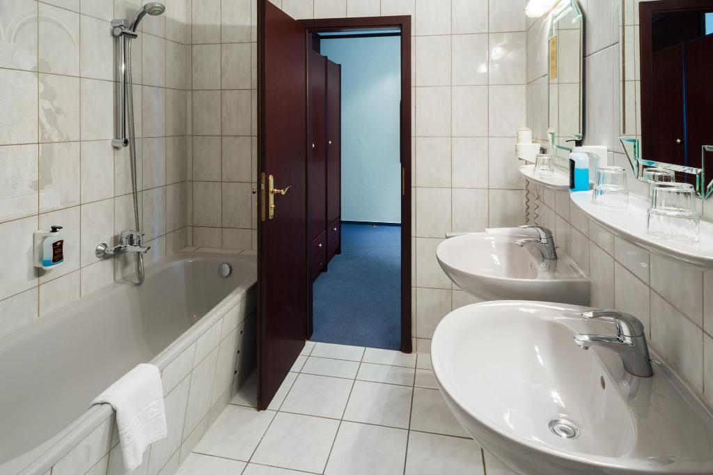 Hotel Panorama In Berlin Room Deals Photos Reviews