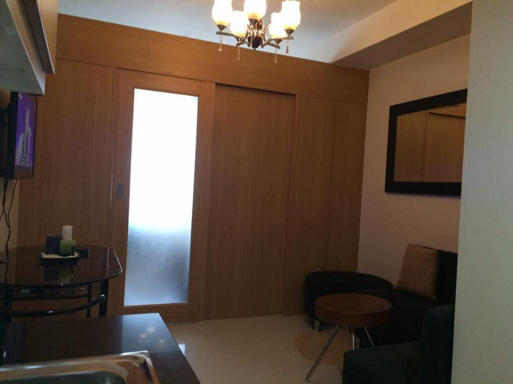 עיצוב הפנים Clean&Cozy 1BR near MOA/Airport (Shell Residences)