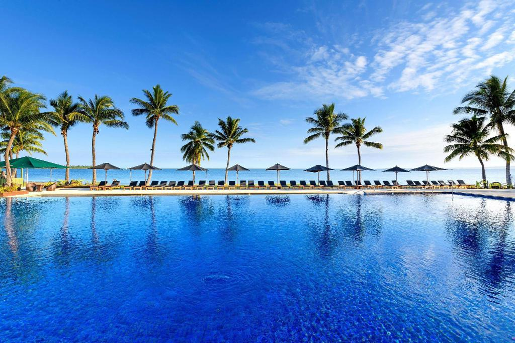 BOOK FROM NZ$175 >> Hilton Fiji Beach Resort and Spa ...