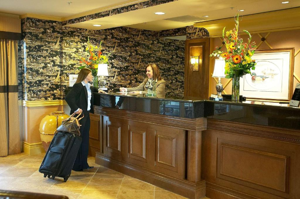 Lobby Homewood Suites By Hilton At The Waterfront Hotel