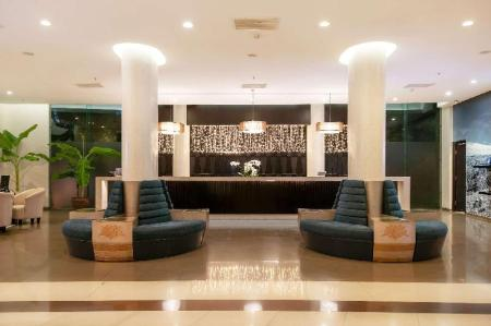 Lobby Melia Danang Beach Resort