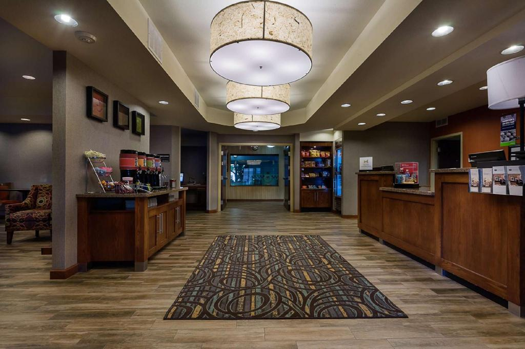Lobby Hampton Inn Ft. Collins