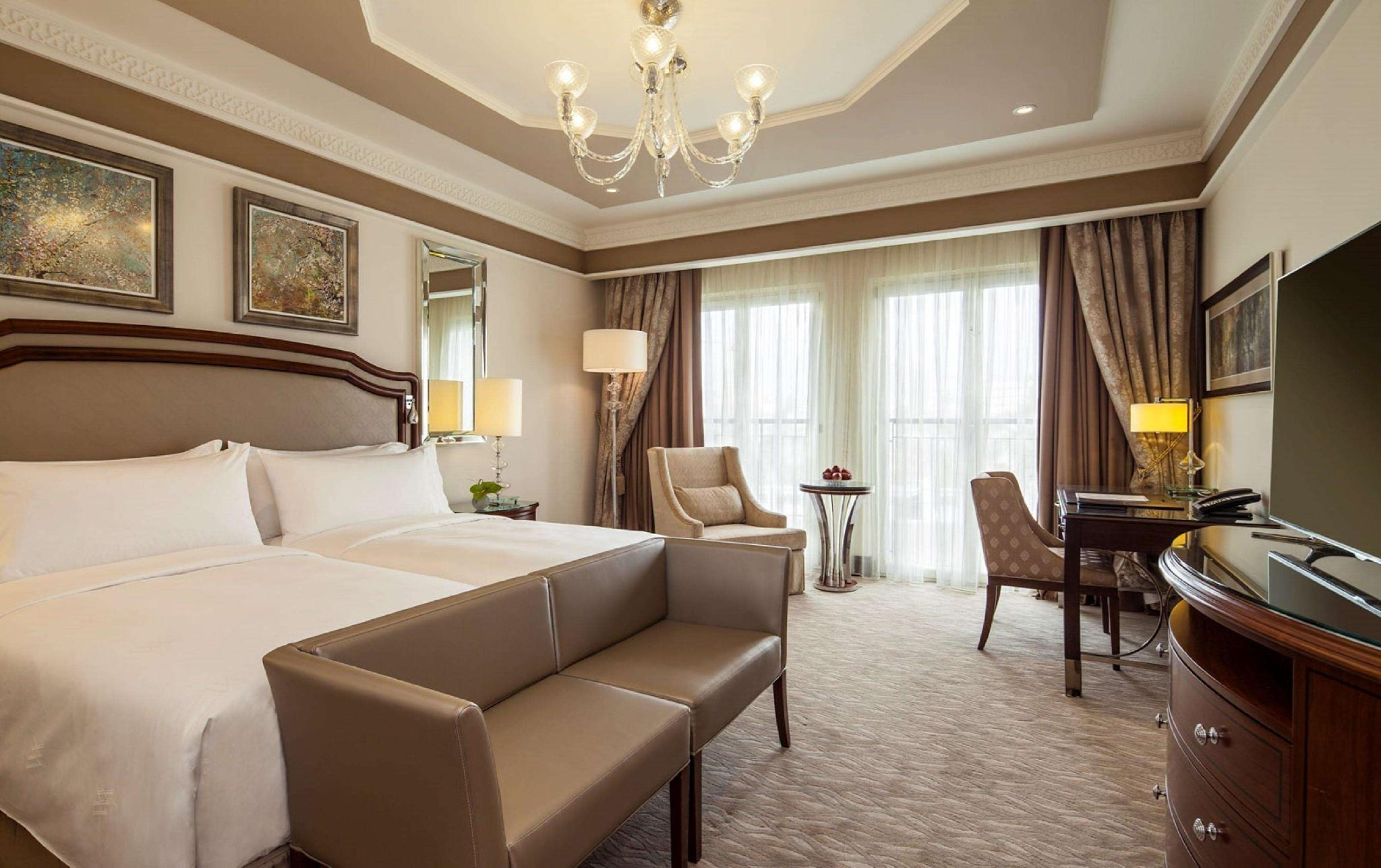 Twin Grand Deluxe Room