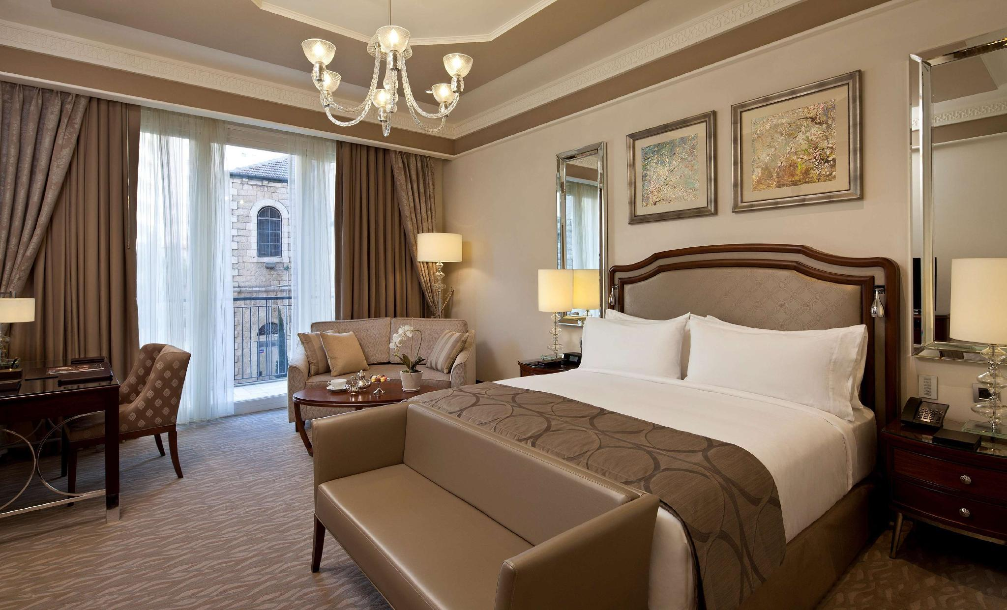 Grand Deluxe con Letto Matrimoniale King Size (King Grand Deluxe Room)