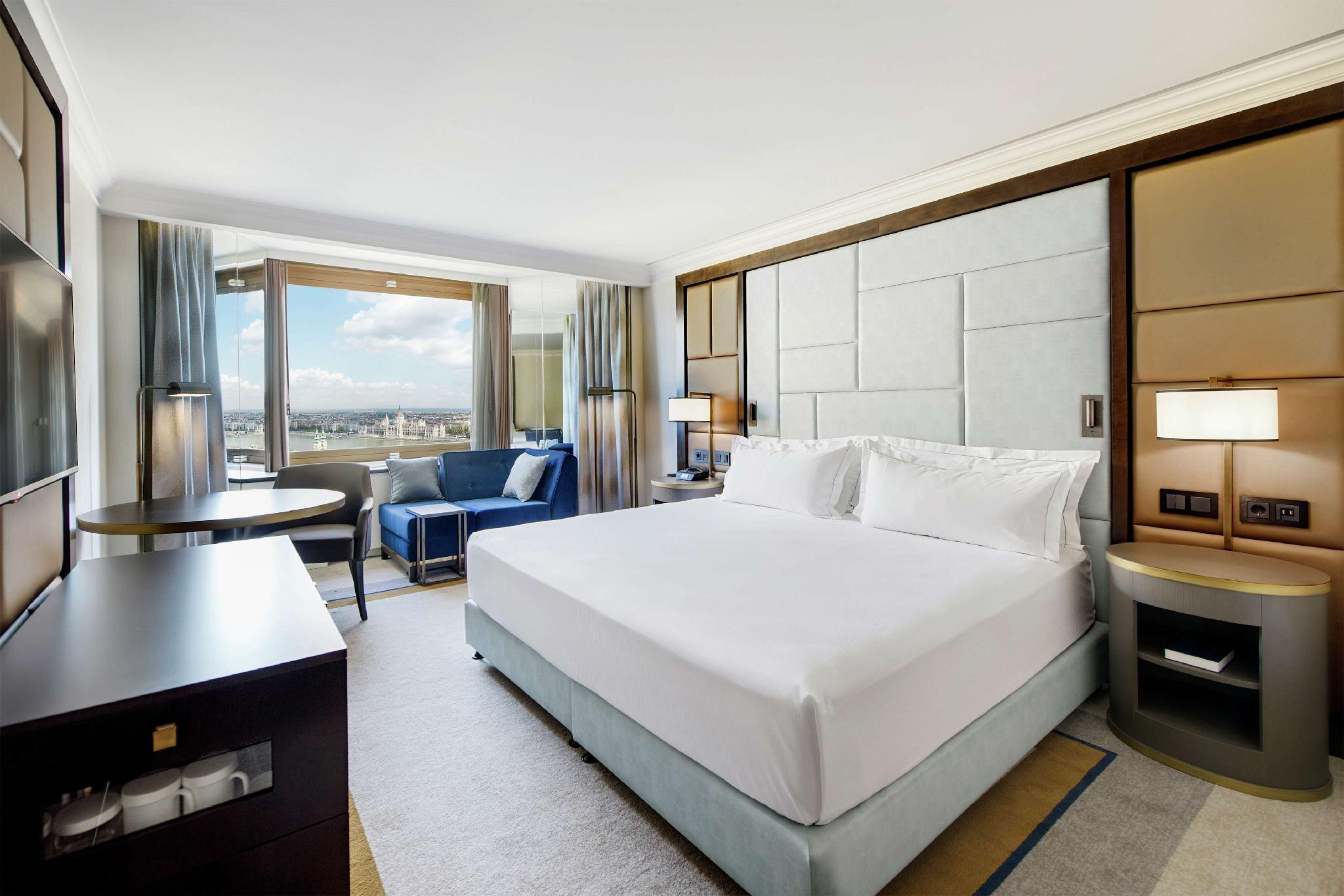King Superior Room With Danube River View