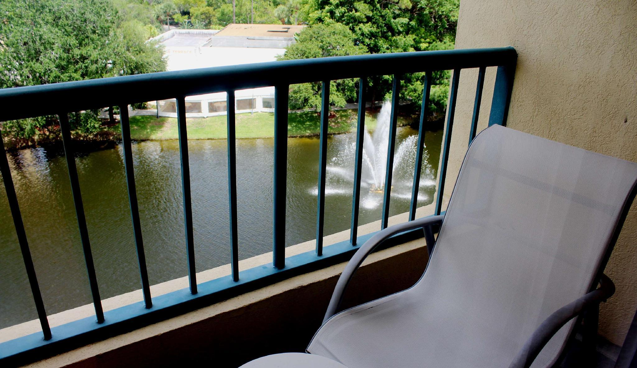 2 Double Lake View Suite Hearing Accessible
