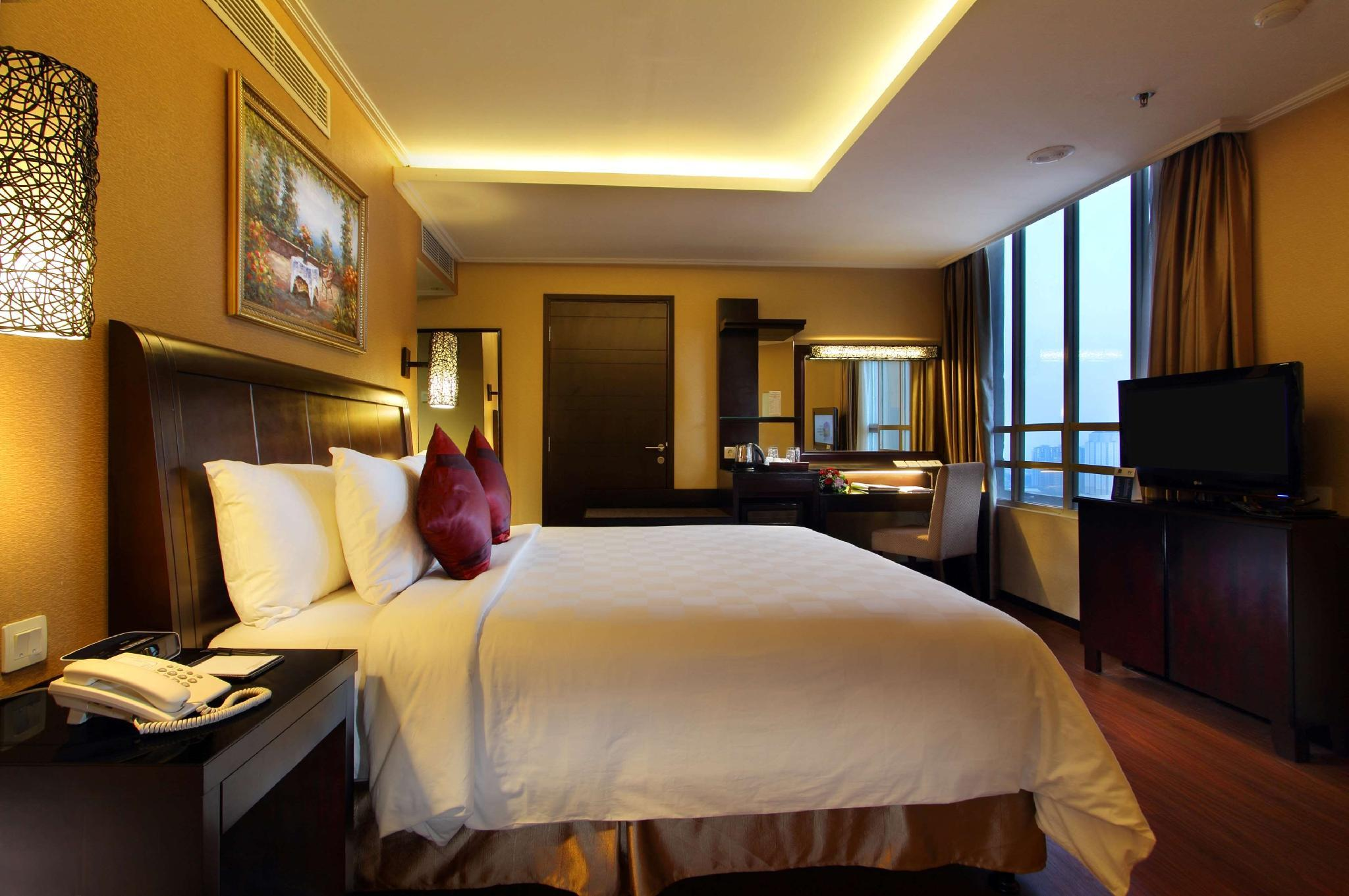 1 King Bed, Executive Room, with Breakfast