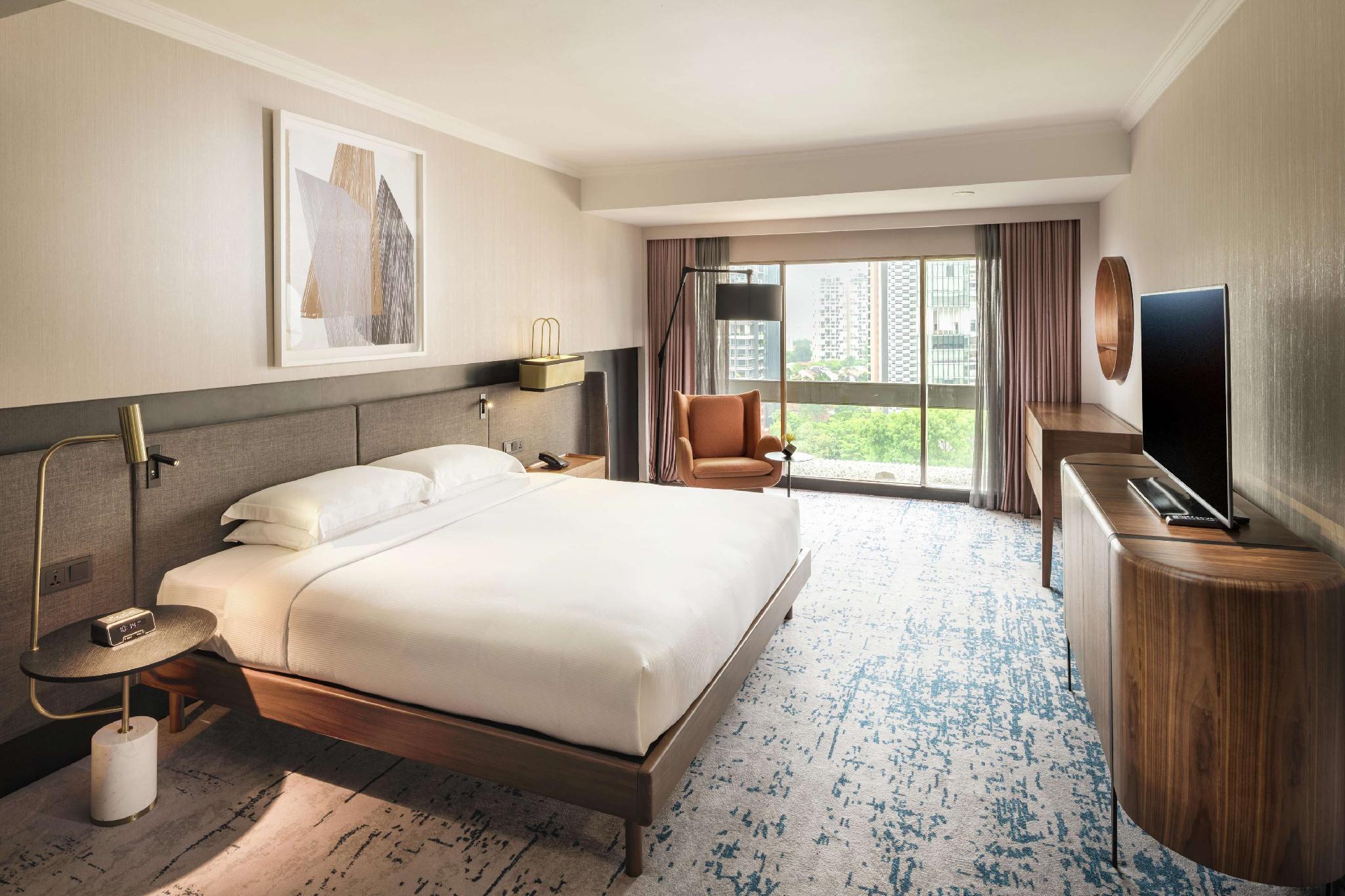 Hilton Singapore (SG Clean Certified) Hotel - Deals, Photos & Reviews