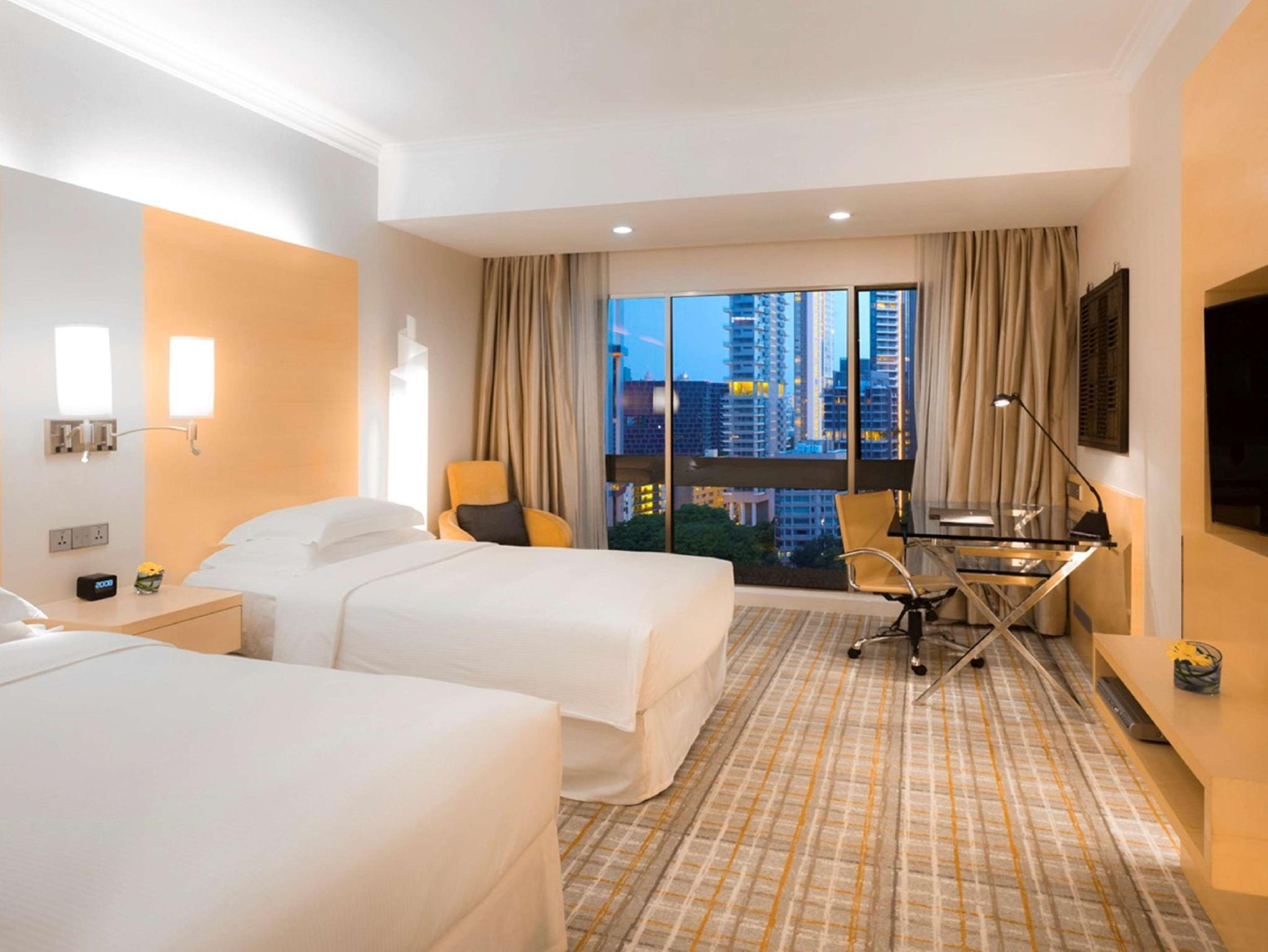 Hilton Singapore - Room Deals, Photos & Reviews