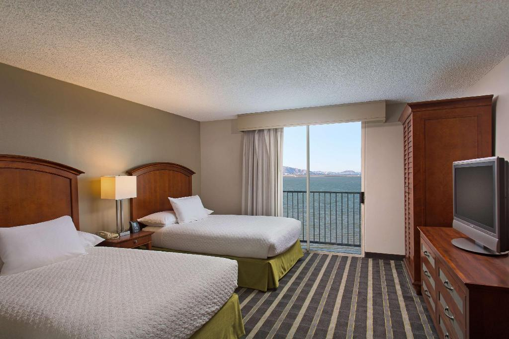 2 Double Bay View Non-Smoking - Guestroom Embassy Suites San Francisco Airport Waterfront hotel
