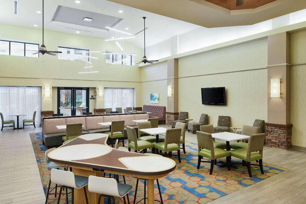 Lobby Homewood Suites by Hilton Columbus