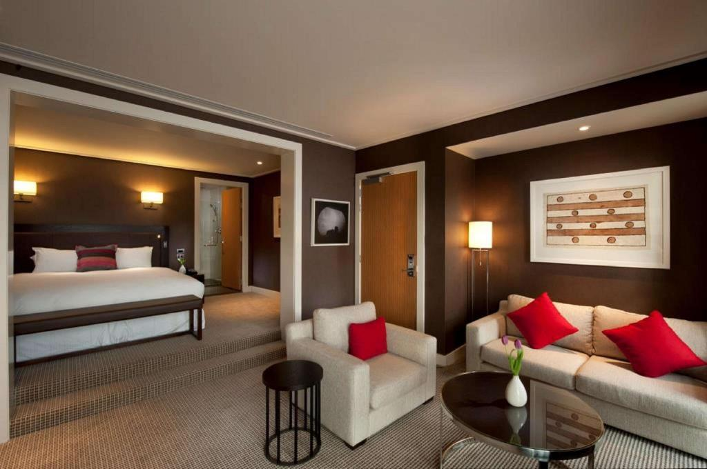 King Hilton Guestroom - Værelse Hilton Queenstown Resort and Spa