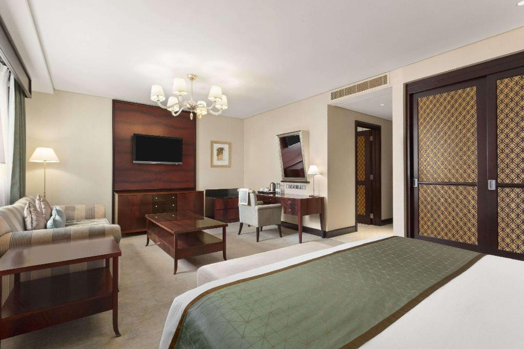 Premium King Bed Room - Suite room