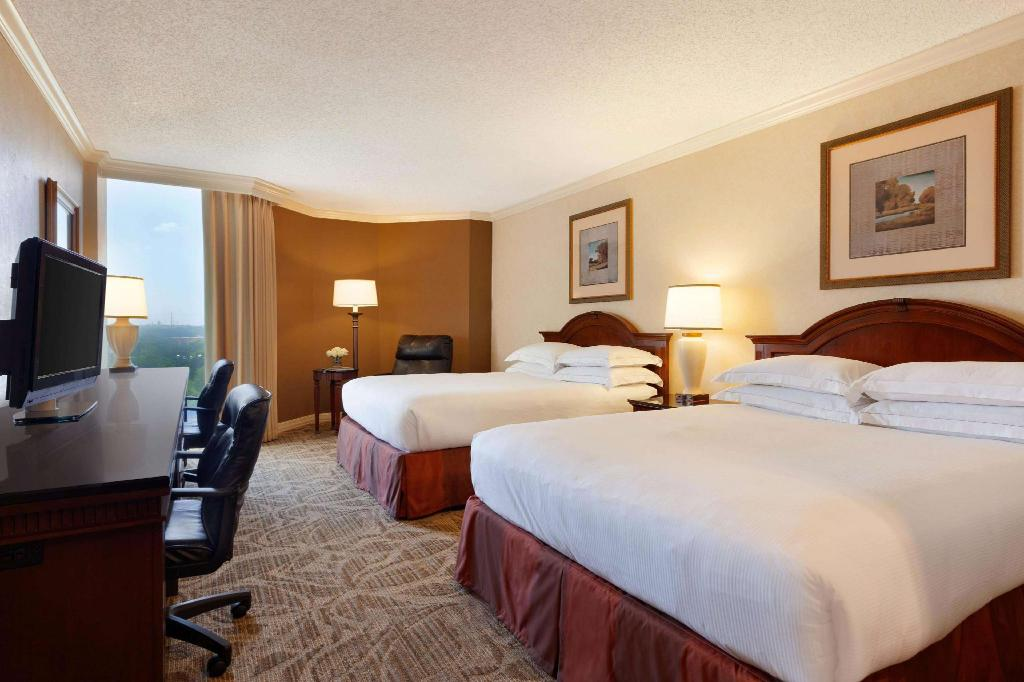 2 Queen Beds  - Guestroom Hilton DFW Lakes Executive Conference Center Hotel