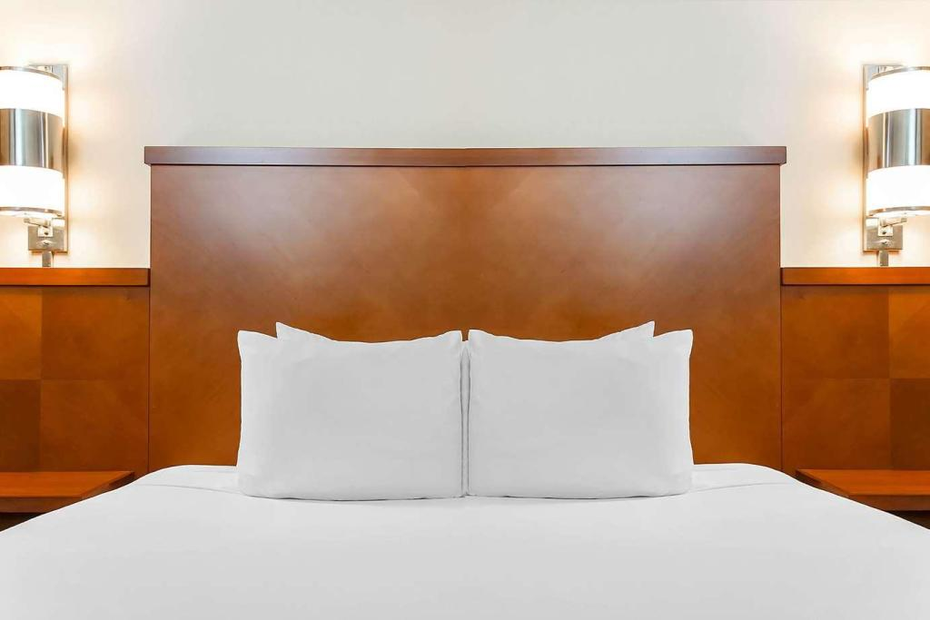 High Floor King with Sofabed - Guestroom Hyatt Place Lake Mary/Orlando North