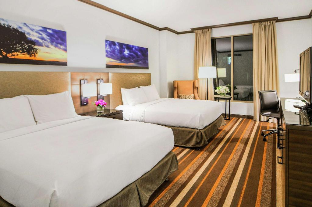 2 Double Beds Hilton Dallas Park Cities Hotel