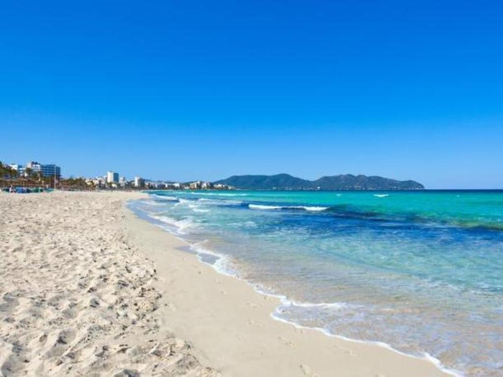 Hotel La Pinta Cala Millor Beach