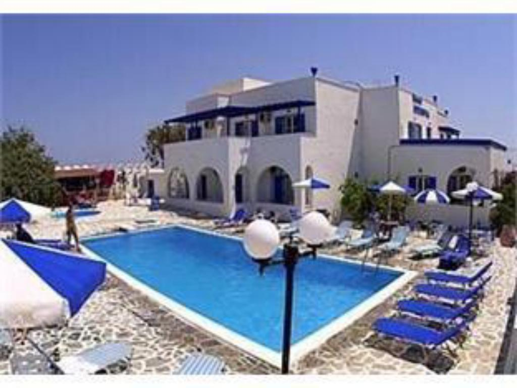 Swimming pool Hotel Olympia