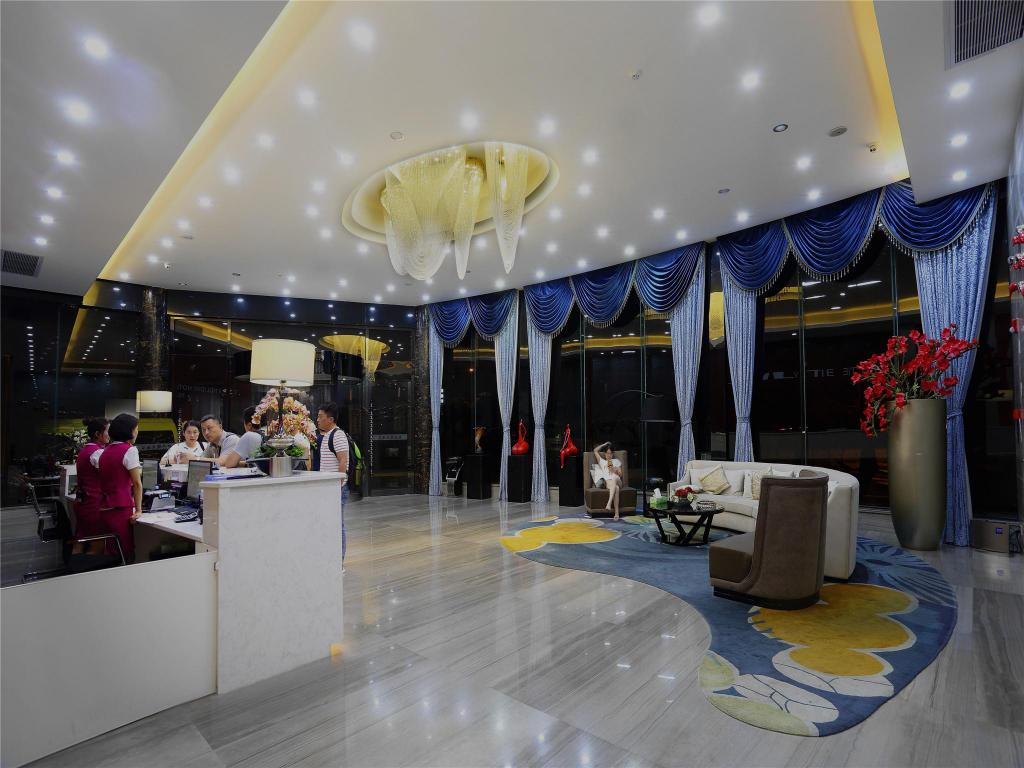 Tiền sảnh TIE LV Holiday Hotel