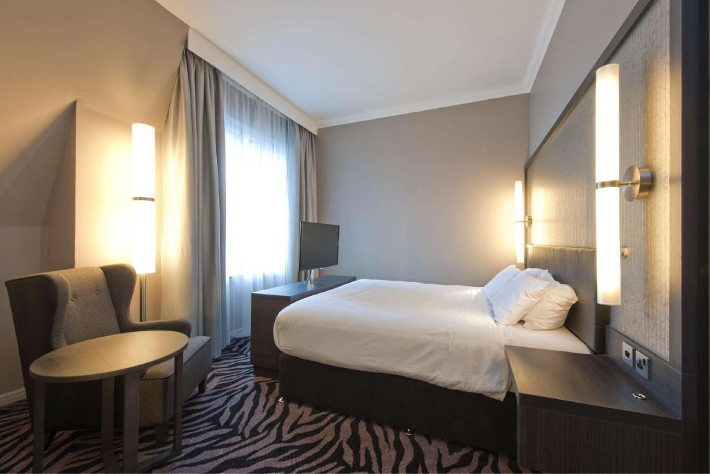 Double Guest Room - Guestroom DoubleTree By Hilton Hotel Edinburgh City Centre