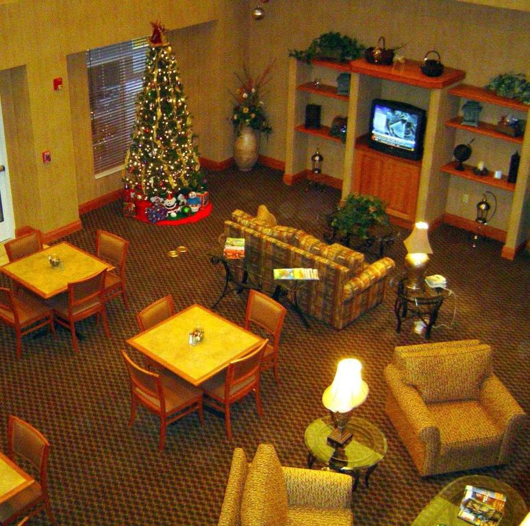 Lobby Homewood Suites by Hilton Colorado Springs Airport Hotel