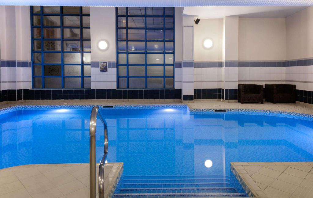Swimming pool Hilton Leeds City Hotel