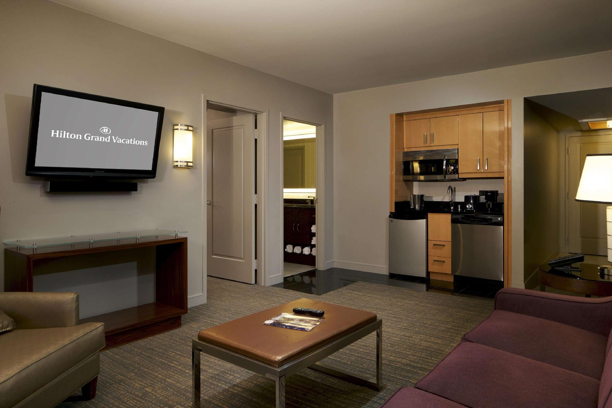 Elara By Hilton Grand Vacations Hotel Las Vegas Nv Deals Photos Reviews