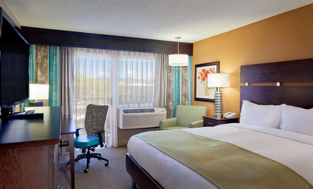 Doubletree By Hilton Santa Fe Santa Fe Nm Offers Free Cancellation 2021 Price Lists Reviews