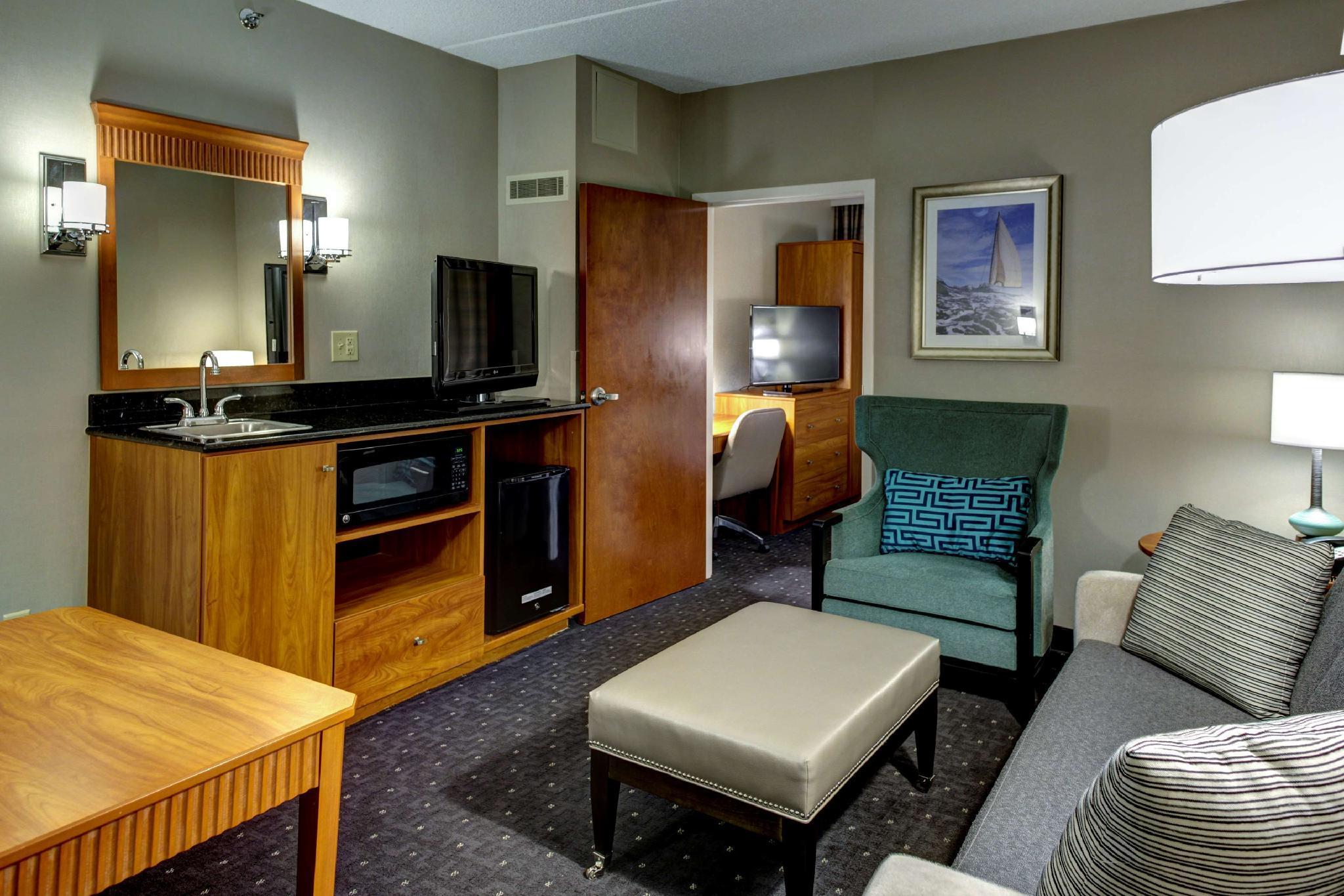 Embassy Suites Williamsburg Hotel In Williamsburg Va Room Deals Photos Reviews