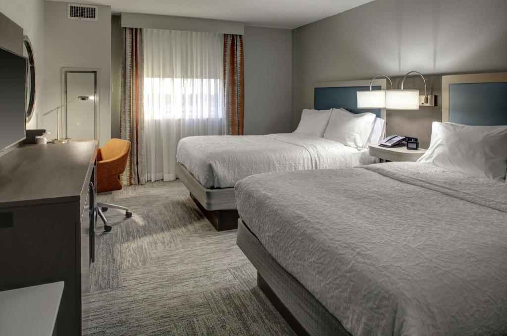 Beter Bed Slaapbank Driver.Hampton Inn And Suites Miami Airport South Miami Boek Een