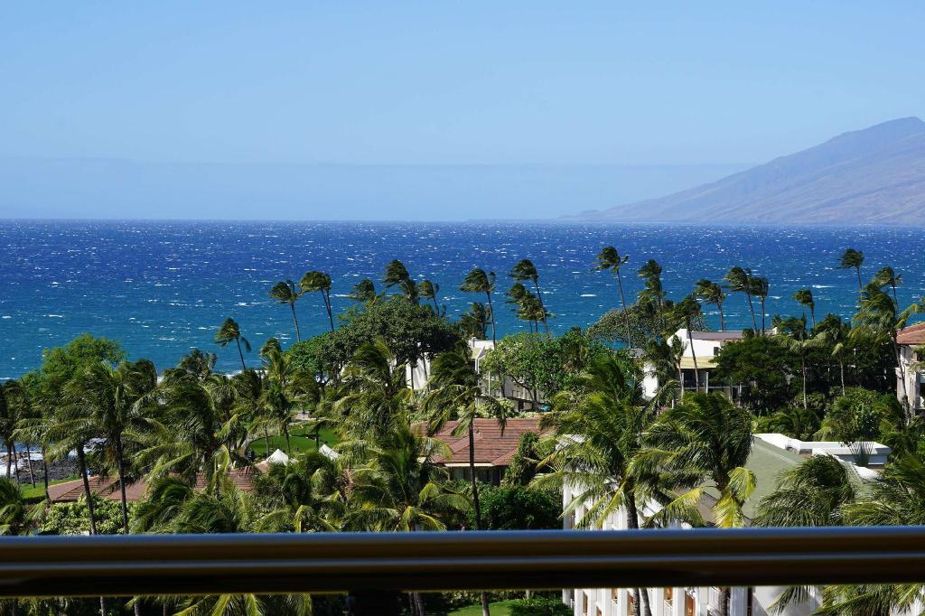Napua Club Ocean View Accessible Tub - Guestroom Grand Wailea Resort Hotel & Spa