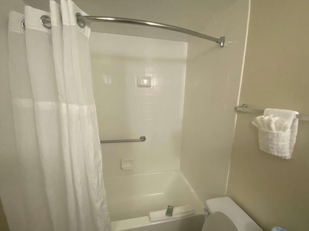 2 Double Beds Non-Smoking - Guestroom Best Western Orlando Gateway Hotel