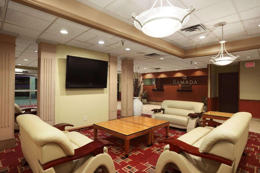 Lobby Ramada by Wyndham Sioux City