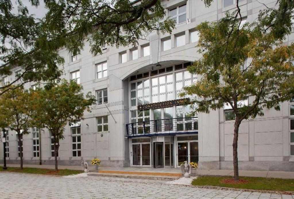 Constitution Inn in Boston (MA) - Room Deals, Photos & Reviews