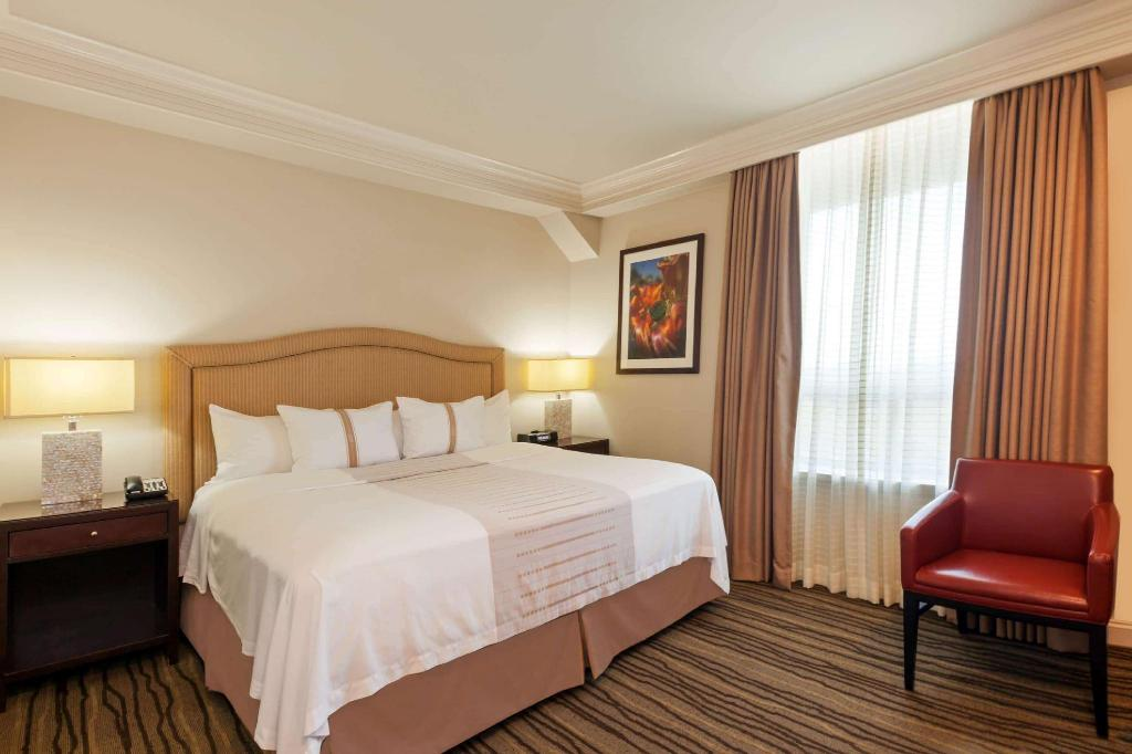 1 King Bed, City View, Non-Smoking - Guestroom Hotel Galvez & Spa A Wyndham Grand Hotel