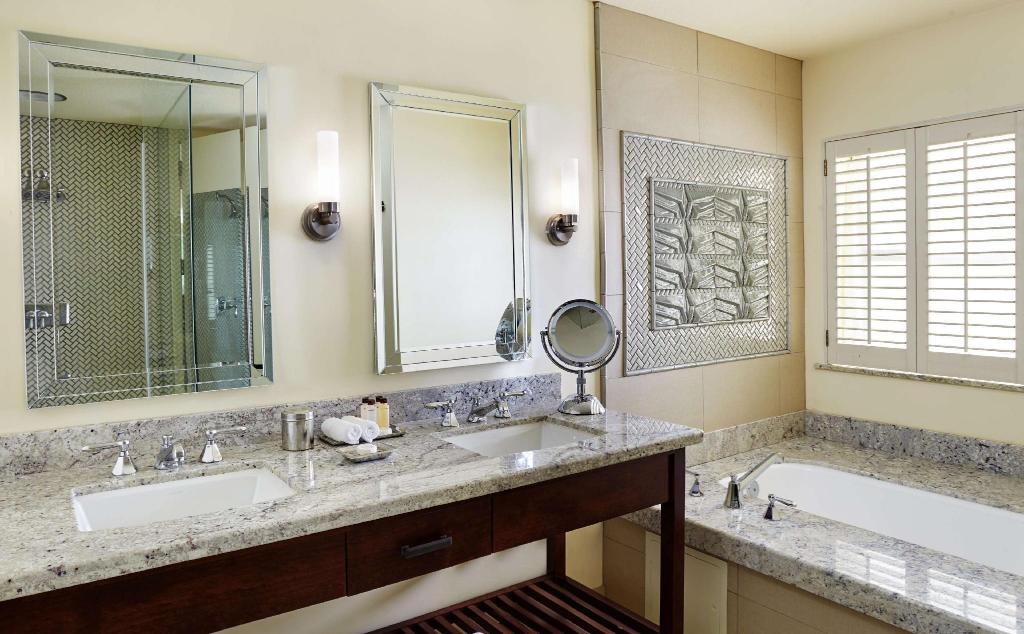 Villa Suite King 1 Bedroom - Guestroom Arizona Biltmore A Waldorf Astoria Resort