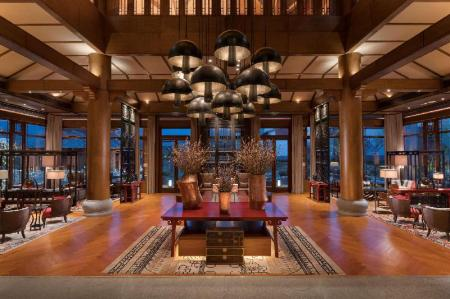 Hành lang Jinmao Hotel Lijiang In The Unbound Collection by Hyatt