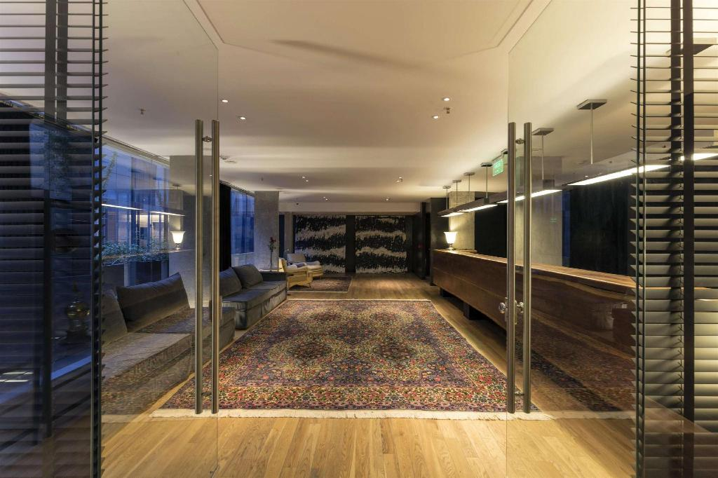 Lobby Anselmo Buenos Aires Curio Collection by Hilton