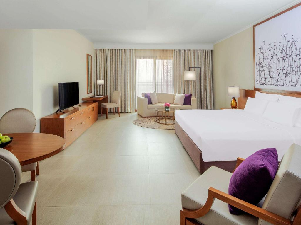 Studio Apartment - Guestroom Pullman Dubai City Centre Residences