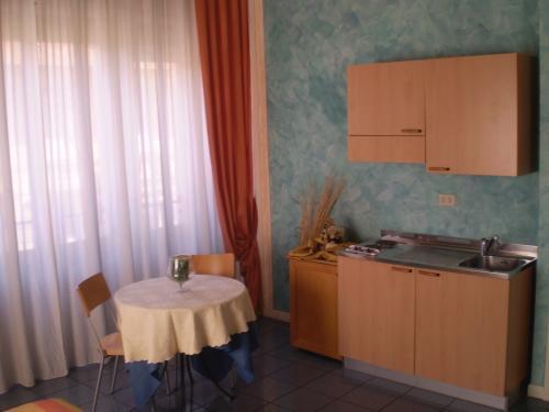 Hotel Soggiorno Athena, Pisa   Da 33 €   Offerte Agoda