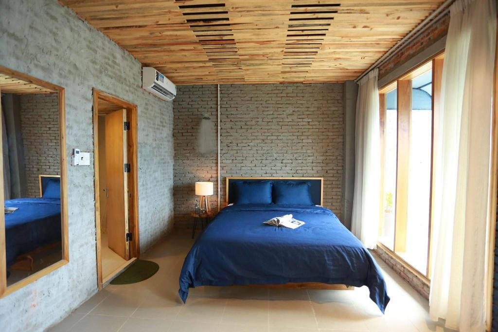 One Bedrooms Balcony Apartment- Denim House
