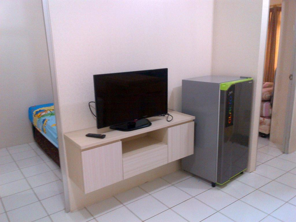 TV 2BR Apartment Gading Nias - Pelita property 5